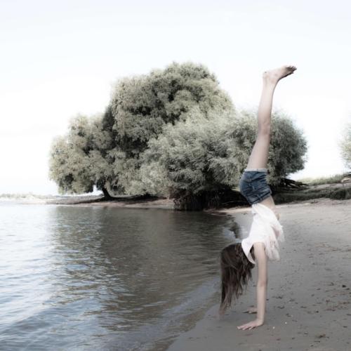 Handstand Waal